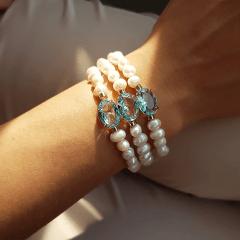 Pulseira bracelete com cristais e pérolas - azul