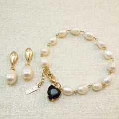 pulseira pérolas de água doce e pingente cristal coração com par de brincos - conjunto