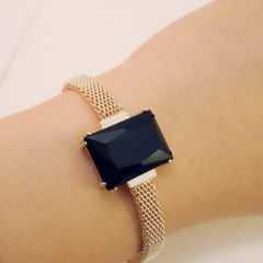 Pulseira bracelete - centro pedra retangular