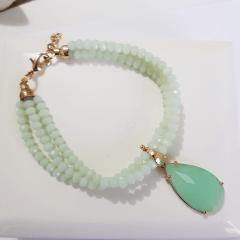 Pulseira de cristais com pingente de cristal gota - verde leitoso