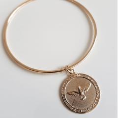 Pulseira de elo e pingente medalha de pombinha Espírito Santo
